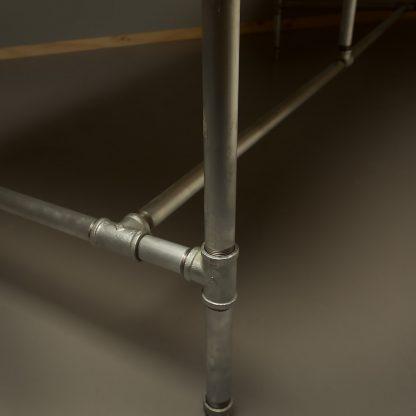 Long-plumbing-pipe-desk-base-kit-leg-detail