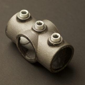 One Inch Black steel 34mm Two socket Cross Fitting